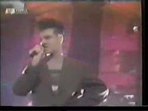 Every Day Is Like Sunday Live on TOTP 1989