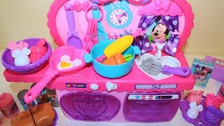 Minnie Mouse Bowtastic Kitchen playset light and sound toy velcro cutting food kitchen accessory set