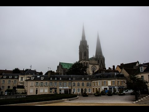Chartres ( Part 1  ) The old town around the cathedral.