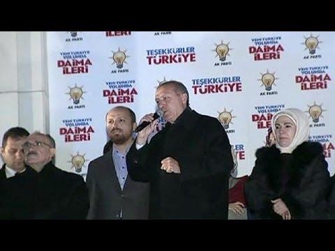 """Erdogan promet une """"nouvelle Turquie"""" au lendemain de son triomphe électoral"""