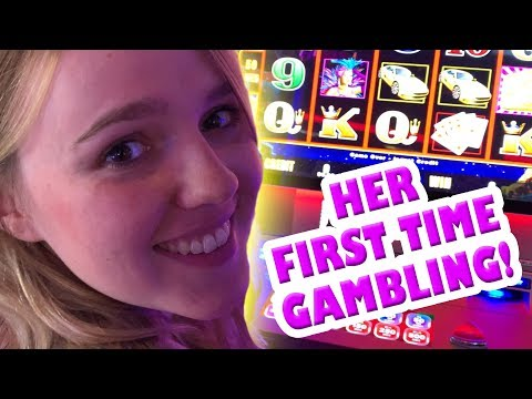 DAUGHTER'S FIRST TIME PLAYING SLOT MACHINES ...EVER! - Slots #9 - Inside The Casino