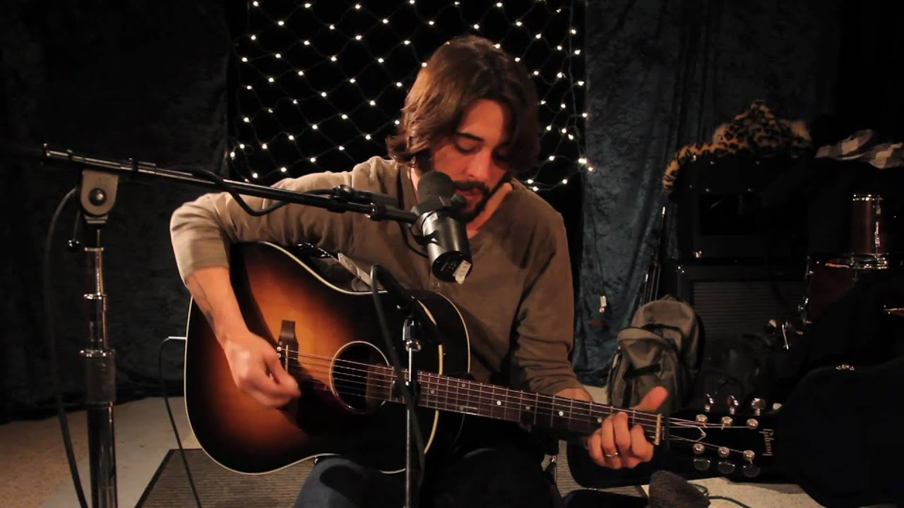 Ryan Bingham - Roadhouse Blues (Live on KEXP)