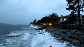 Wind Storm Sechelt Sunshine Coast BC Trail Bay 2014 King Tide