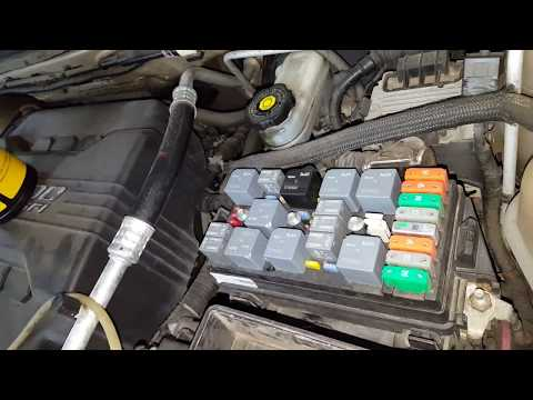2005 Chevy Equinox AC Fuse and Relay - YouTube