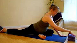 hqdefault - Yoga Stretches For Back Pain During Pregnancy