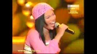 AF204 Farah   Dancing Queen