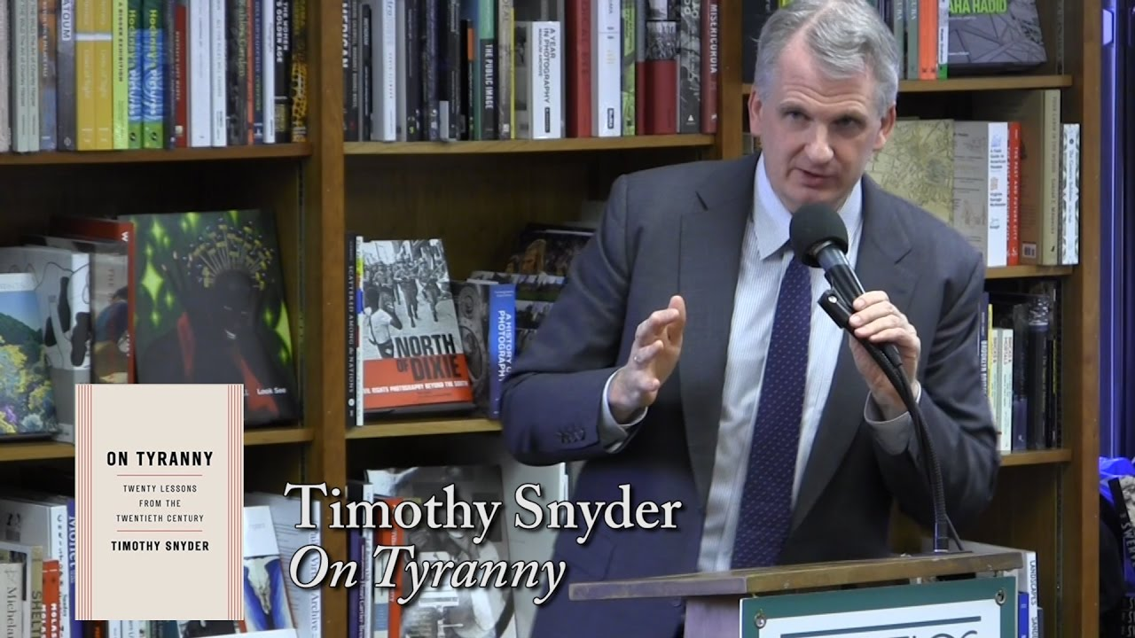 Timothy snyder war no more