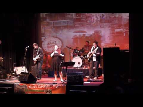 Kathy Frank Band complete Columbia Show