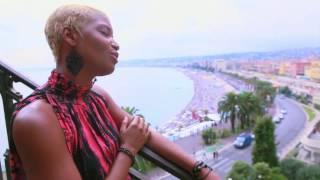 Смотреть клип Stony - Loin De Moi
