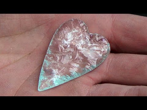 Making A Heart Shaped Effigy Pendant Out Of Window Glass - Recycled Art