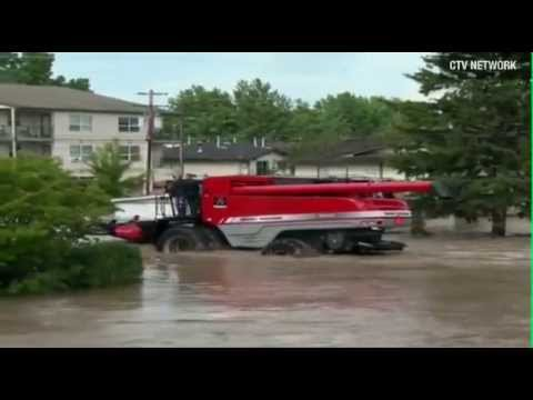 CTV - Calgary flooding victims being rescued