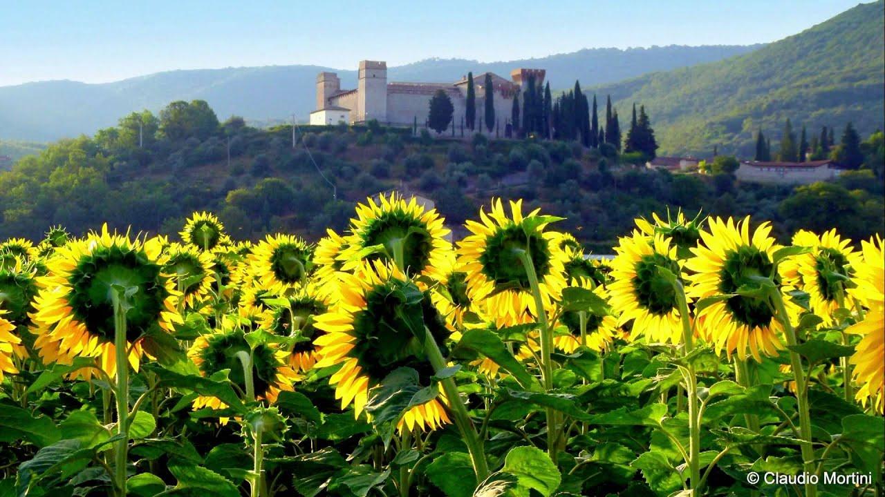 Umbria paesaggi e borghi landscapes and villages full for Immagini full hd 1080p