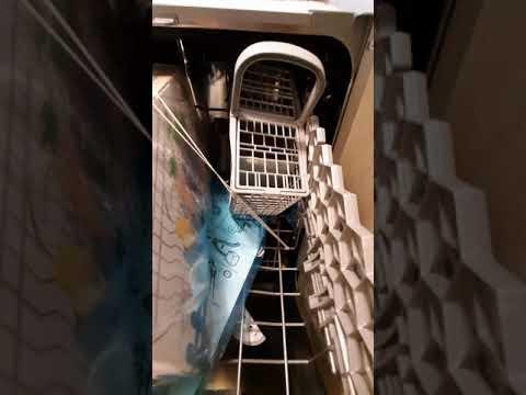 Посудомийна машина INDESIT DSFO 3T224 C