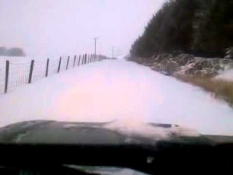 Copy of Land Rover Defender 110 300TDi Snow driving