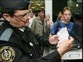 В каких случаях судебные приставы могут ограничить Вам выезд за границу?