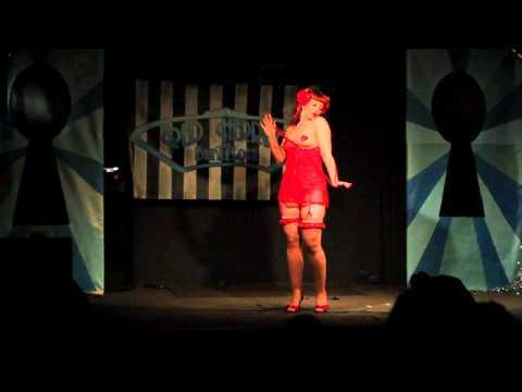 Reveal Me @ The Rivoli - Miss Honey B. Hind