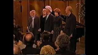 Jasperina de Jong en anderen op het Koninginnedagconcert 2001, deel 3.