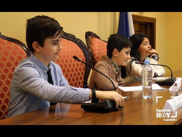 VÍDEO: Alumnos de sexto de Primaria debaten en el Pleno Infantil sobre cómo hacer de Lucena una ciudad mejor