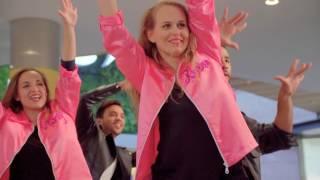 Flash Mob Grease en FAN Mallorca Shopping