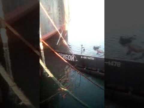 Темрюк порт затонул буксир 17.01.19