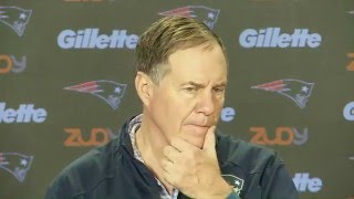"Bill Belichick & Reporter Have Humorous Running Back Exchange to ""Leave it on a High Note"" 