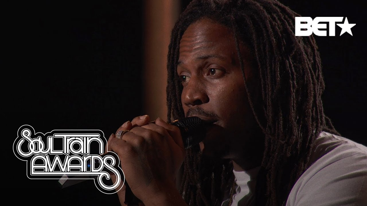 "SiR Rocks The Crowd With ""Hair Down"" & ""John Redcorn"" Performance 