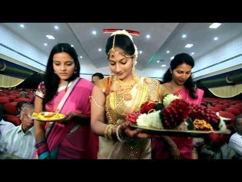 Keerti + Vinay Wedding Video @ Madayi Bank Auditorium, Kannur