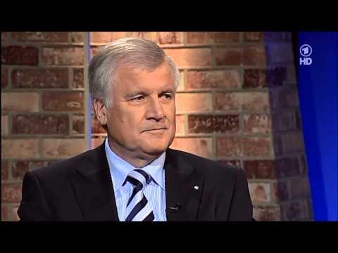 Horst Seehofer, erklärt warum Wählen sinnlos ist !!! Bei Pelzig 20.5.2010