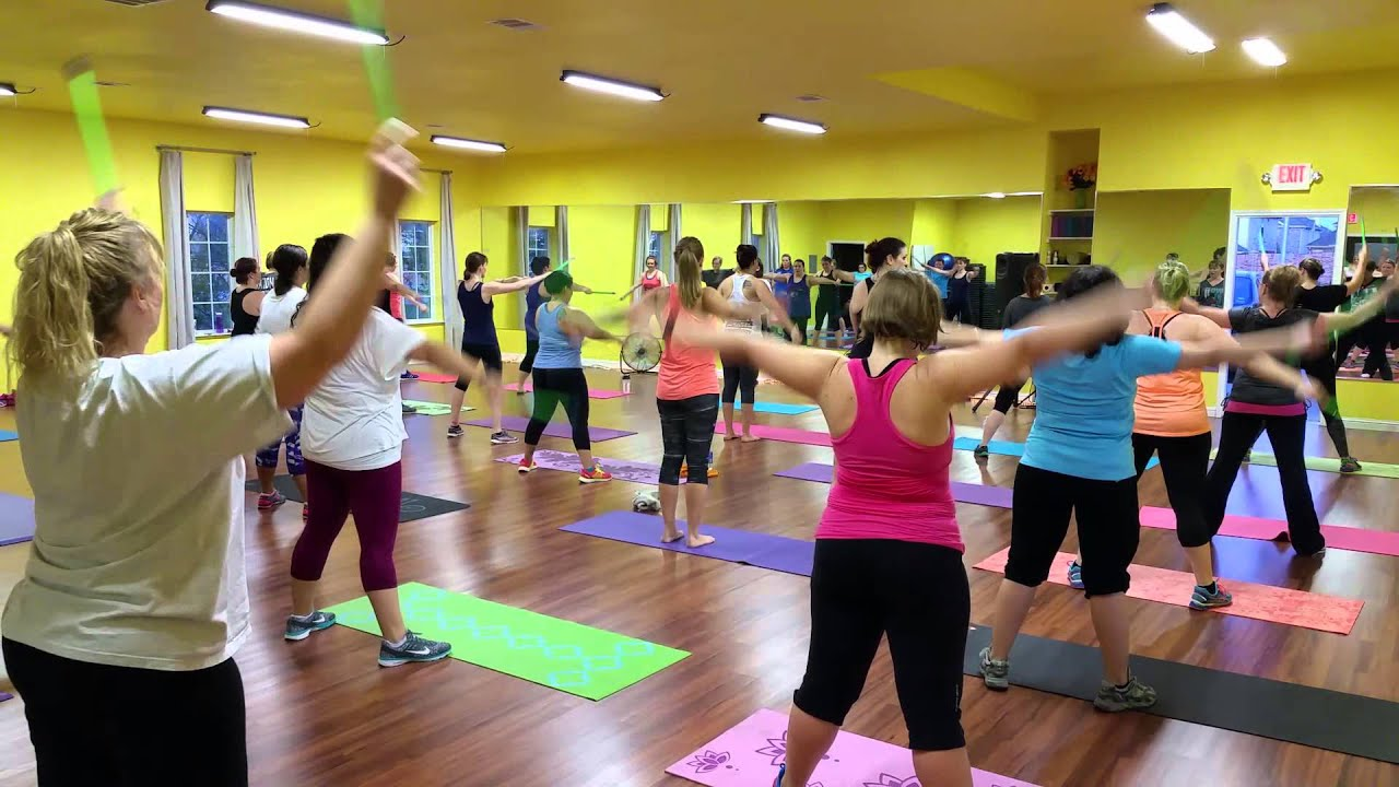 Fired up fitness pound warm up youtube fired up fitness pound warm up xflitez Images