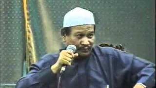Repeat youtube video Ustaz Ismail Kamus dan Dr. Haron Din - Forum Hudud