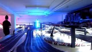 Carrera DIGITAL 132 extrem Rennen / Digital Slot / 250 meter lange Rennbahn 1 von 3