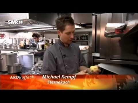 ard-buffet-zu-gast-im-restaurant-facil-im-luxushotel-the-mandala