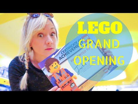 LEGO Store Grand Opening in Miami, FL! Dadeland Mall, Disney Store & Master LEGO Build Fun!
