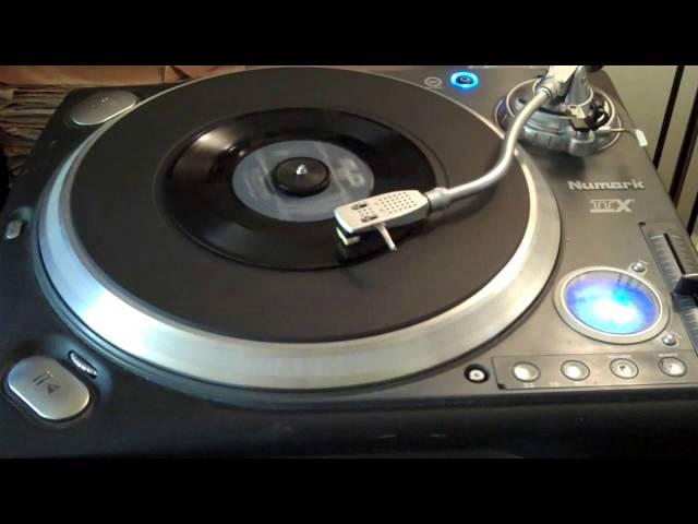 Max Woiski Jr. - Alla Pieking Nengre (1962) (MMP / 45 rpm)