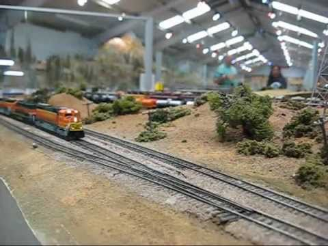 Modelling Railroad Toy Train Scenery -Superb N Scale Trains, Episode 1