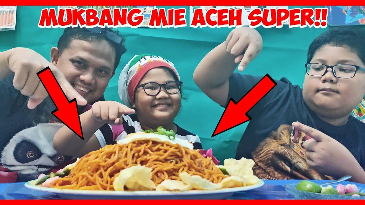 MUKBANG MIE ACEH LANGSUNG DARI ACEH!! | KELUARGA SUKA MAKAN