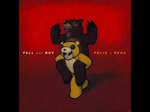 Fall Out Boy ft Kanye West - This Aint A Scene REMIX *With Lyrics*