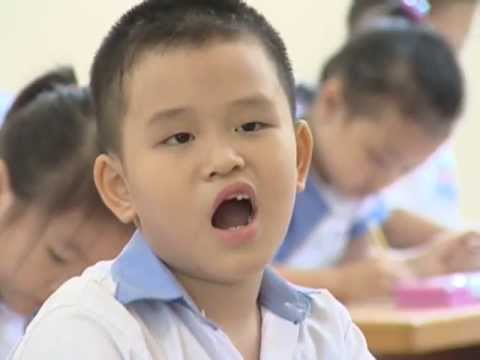 Ngày đầu tiên đi học Bé Đức Hiếu 7 tuổi Trường Tiểu học Đinh Tiên Hoàng, Hải Phòng