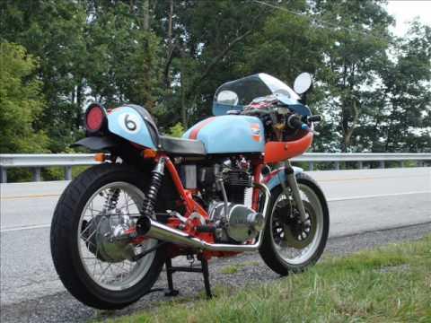Gulf Yamaha XS 650 Vintage Race Bike