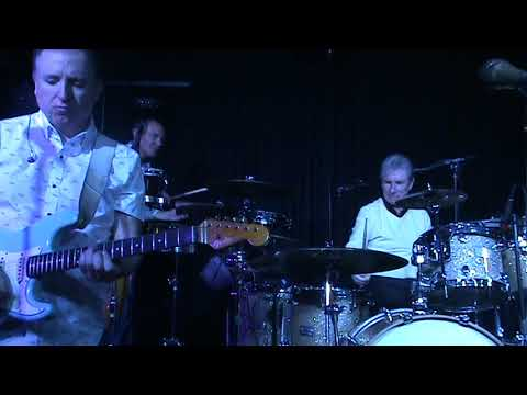 Wipe Out - Paul Grogan & The KBL Band 09.02.20