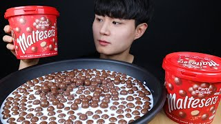 몰티져스 리얼사운드 먹방ASMR Maltesers Chocolate mukbang チョコレート ช็อคโกแลต Sô cô la eating sounds
