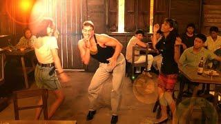 A-Dessa-женщина я не танцую(Van Damme dansing)