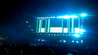 Tiesto @Autodromo 12/03/2011 | Feel it (tiesto on the dancefloor remix)