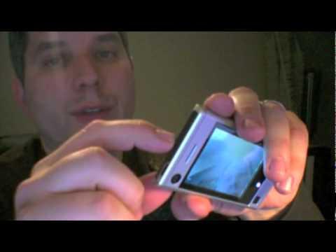 CrunchGear - Motorola Devour Quick Look.flv