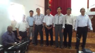 Dr Charles Lee: Singing with Pastors Fellowship in Vietnam