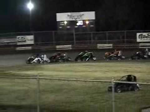 plaza park raceway Turkey shootout 11-28-09 .wmv