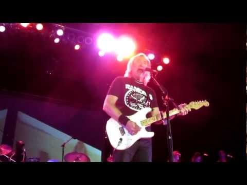 Joe Walsh - I like big tits Pittsburgh 6/2/2012