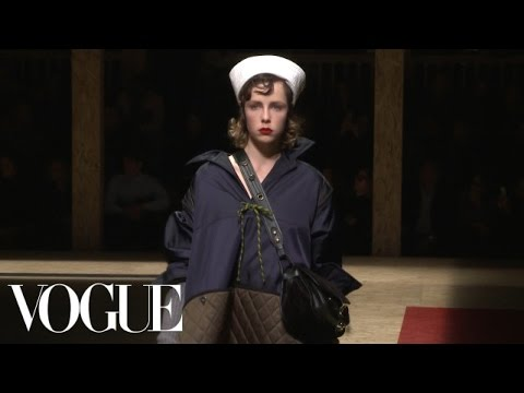 Prada Fall 2016 Ready-to-Wear | Milan Fashion Week