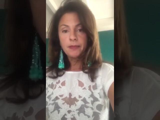"""Giornalista freelance """"distrugge"""" la Lorenzin - Il video che stanno condividendo tutti i genitori!"""