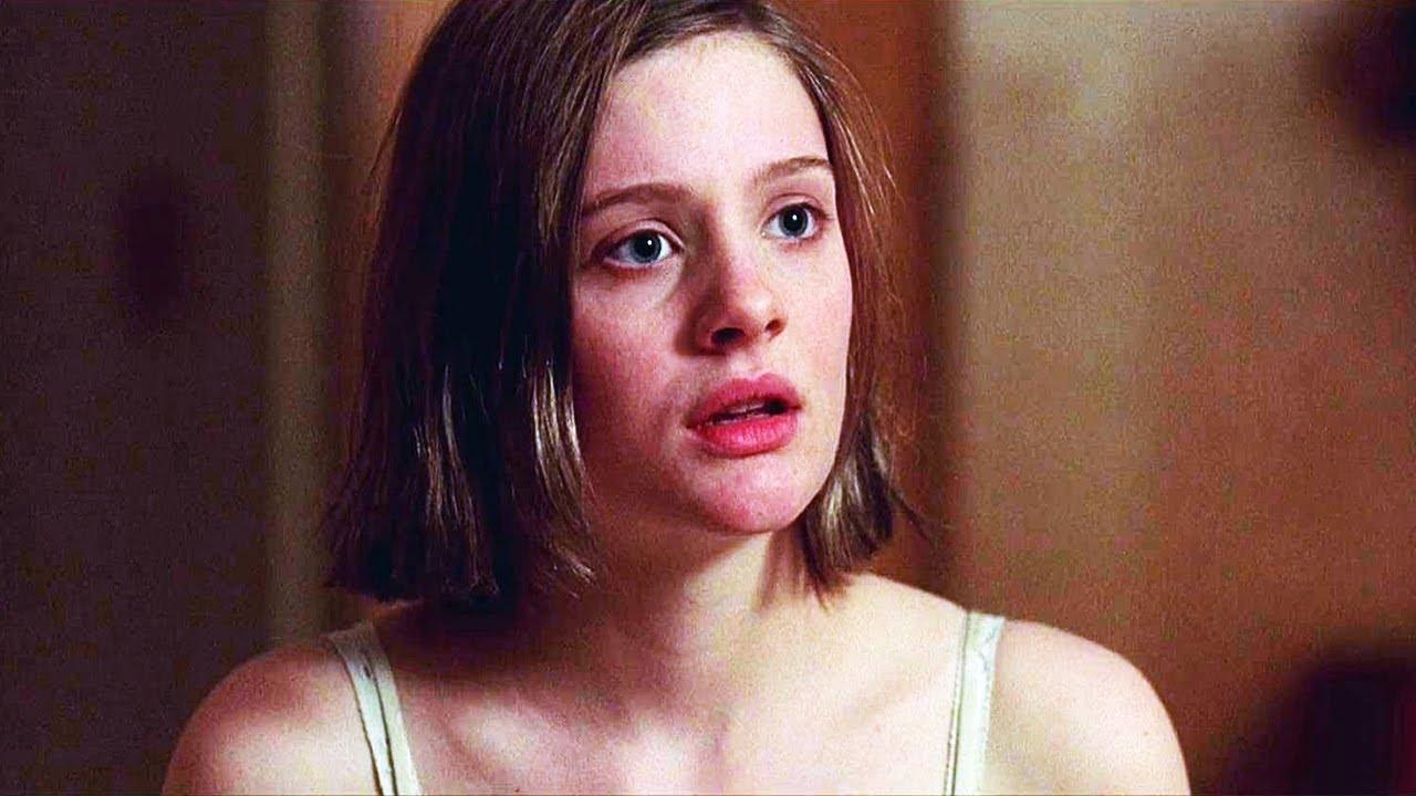 17岁少女想嫁富二代,刚答应下来就后悔了,爱情电影《我的秘密城堡》